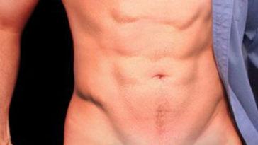 The New Seductive Upside Down Bikini Trend Is Taking Over